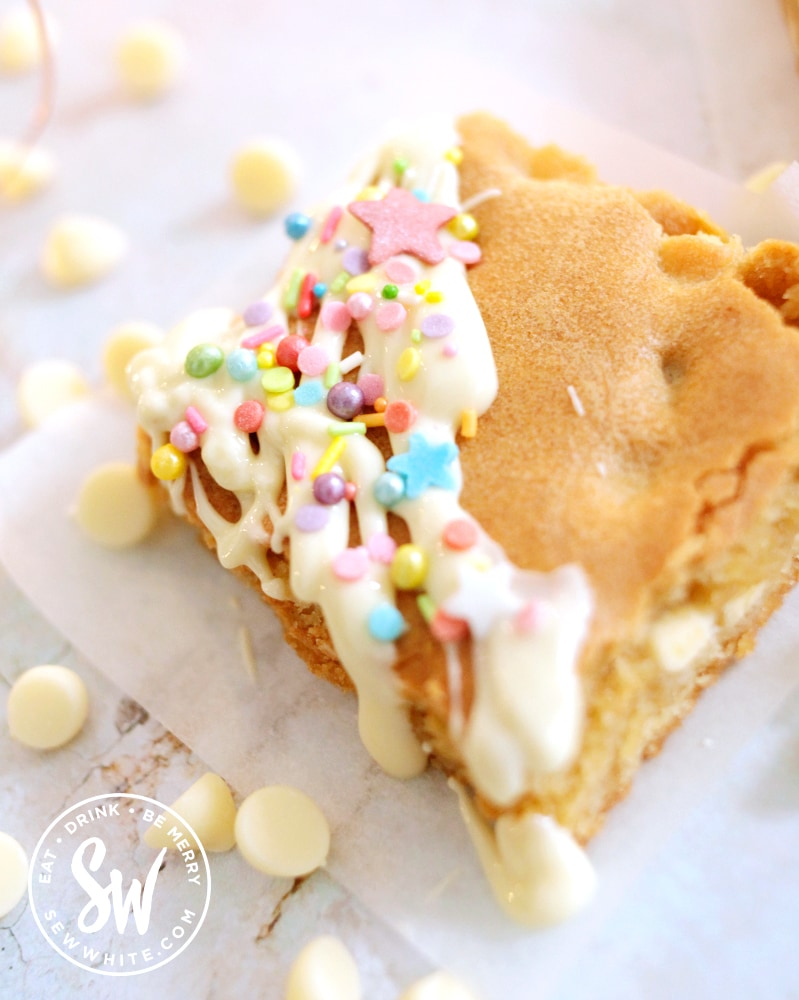 white chocolate blondies decorated with sprinkles