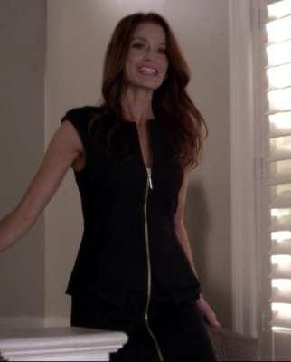 black_zipper_dress