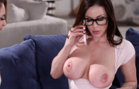 KENDRA LUST & KIMMY GRANGER – MOMMY VS STEP DAUGHTER
