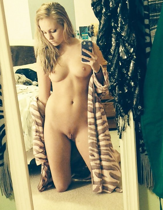 Teen American Girl naked 7 - Adult Teen American Girl Sex Pics Shaved Pussy