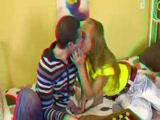 Popsinyalás 3D szexvideo