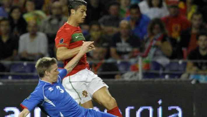 Partido que enfrentó a Portugal e Islandia. (www.futbolistos.es)