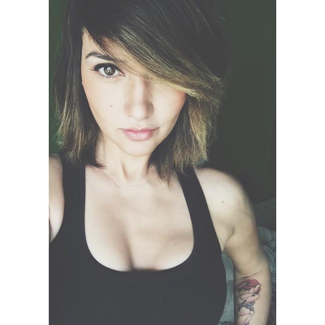 Geovanna Antoinette (25)