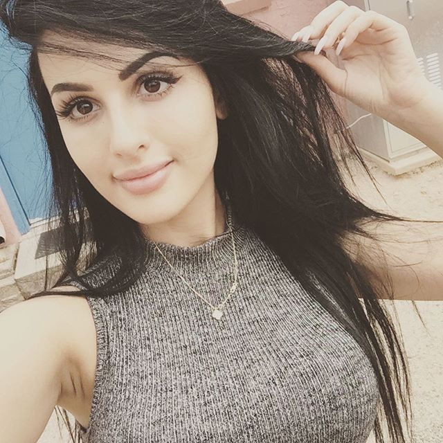 sssniperwolf (25)