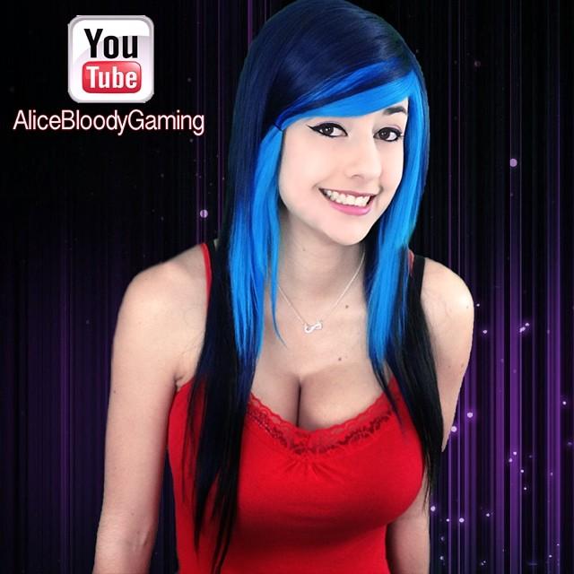 Alicebloodygirl  (15)
