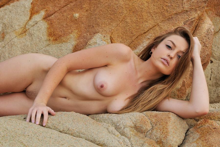 azzyland nude