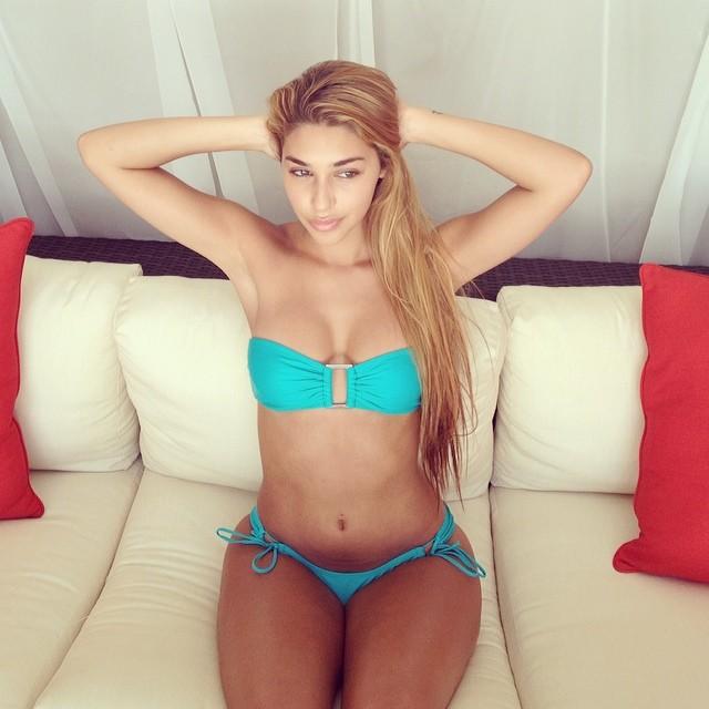 chantel-bikini-38