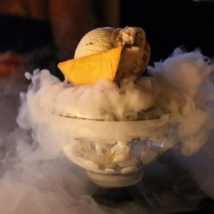 Hopeless Romantic dry ice cream