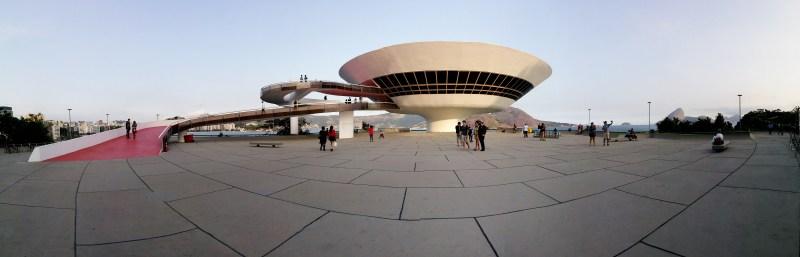 High five Niemeyer!
