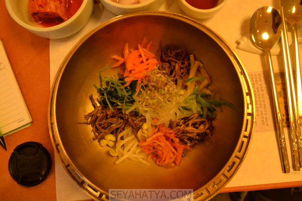 Kore'nin En Ünlü Yemeği Bibimbap (비빔밥)