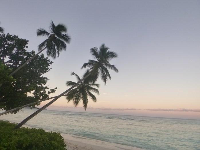 Sunset Hilton Labriz silhouette Island