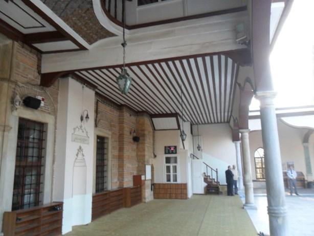 Emir Sultan Cami Balkon Tabanı