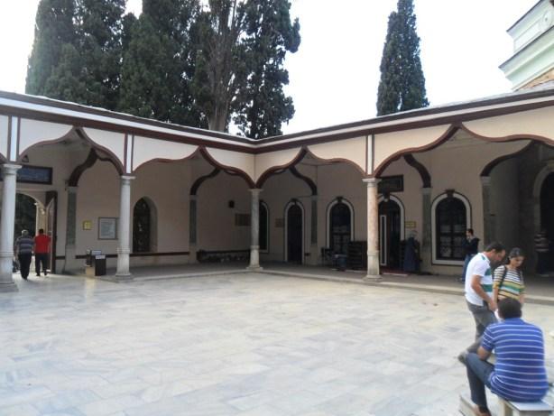 Emir Sultan Hazretleri Türbesi Dış Mimari