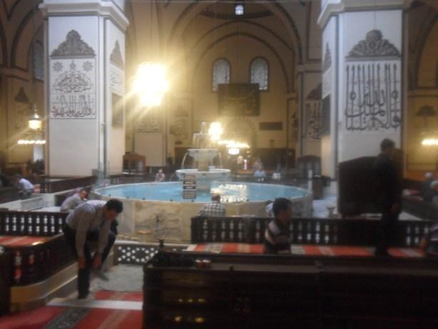 Bursa Ulu Cami Şadırvan