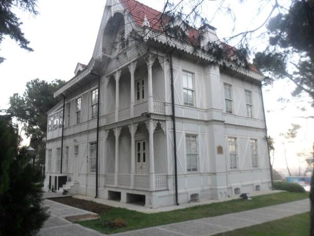 Atatürk Evi Müzesi Çapraz Çekim