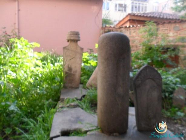 Akbıyık Sultan Türbesi Mezar