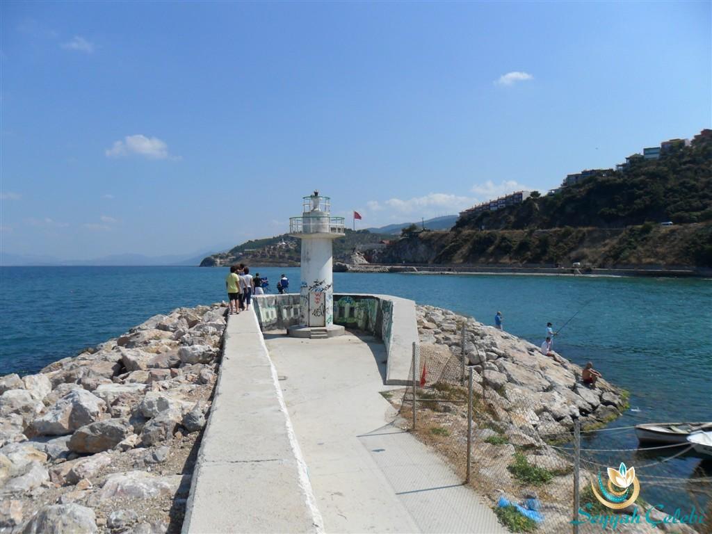 Güzelyalı Burgaz Deniz Feneri