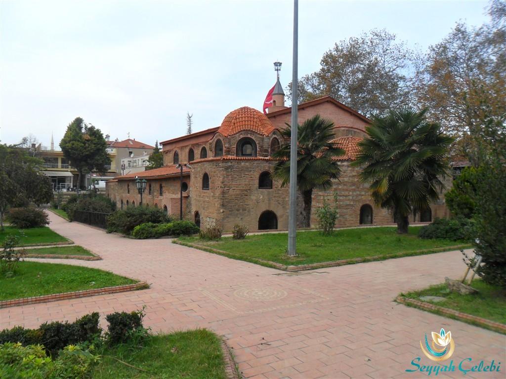 İznik Ayasofya Orhan Camii Arkadan