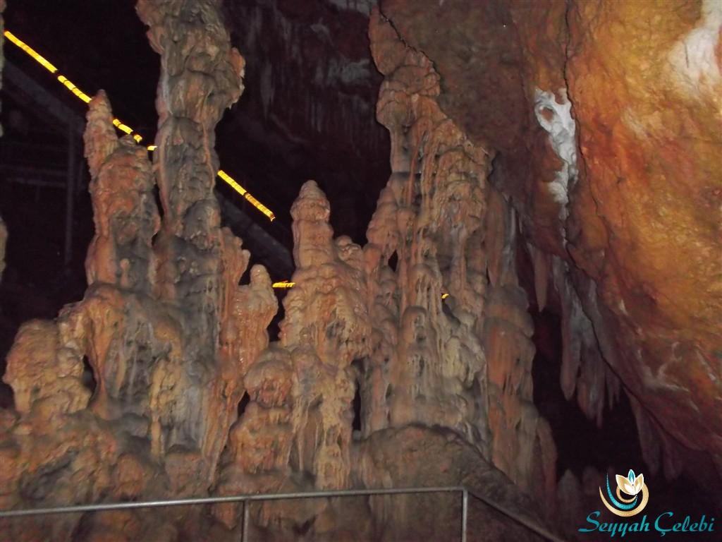 Oylat Mağarası Dikit