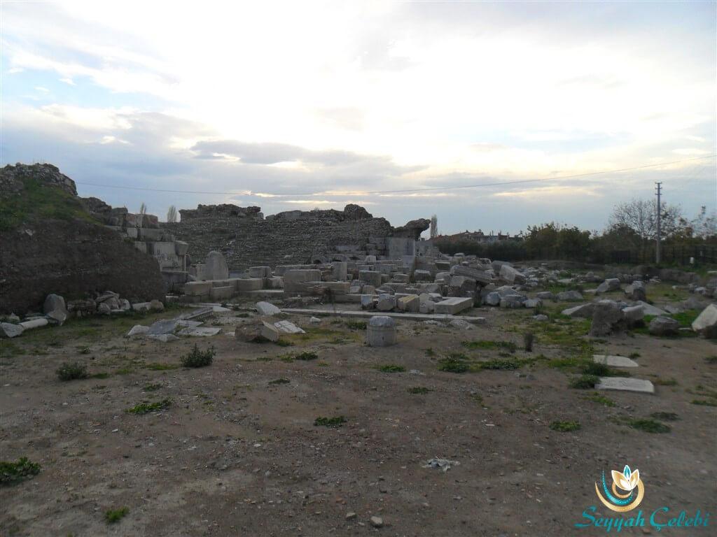 İznik Roma Tiyatrosu Taşları