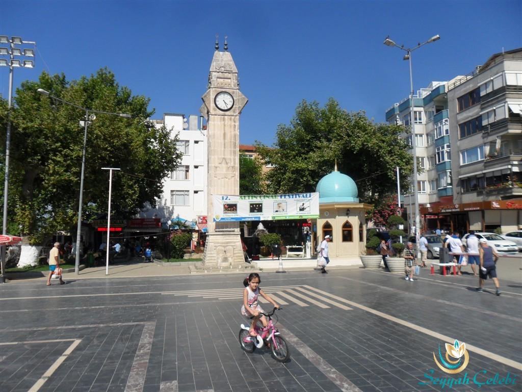 Yalova Çınarcık Saat Kulesi