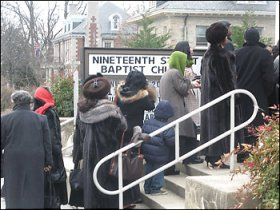 Members of the 19th Street Baptist Church in Washington, D.C., who have been praying the Obamas would join them, enter the church eager to see the Obama family, who have come to visit. – Photo: Hamil Harris, Washington Post