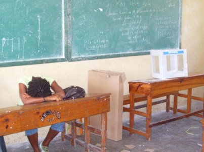 Haiti election poll workers nap 062109 by ©2009 Ronald Fareau, HIP