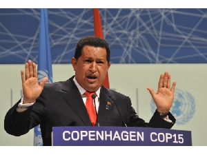 "Venezuelan President Hugo Chavez, speaking at the climate change summit in Copenhagen, called the United States ""the great polluter"" and accused President Barack Obama of trying to fix a climate deal behind the backs of other leaders: ""The emperor who comes in the middle of the night and in the darkness, then behind everyone's back and in an anti-democratic way cooks up a document. ... That we will not accept."" – Photo: Buenos Aires Herald"