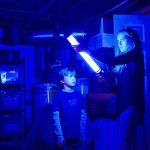 Lights Out (film review by Frank Ochieng).