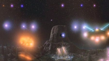 The Farmington UFO Armada incident (Weird news).