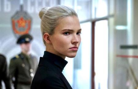 Anna (action movie: trailer).