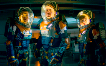 Lost in Space TV series on Netflix gets its season 3 (news).
