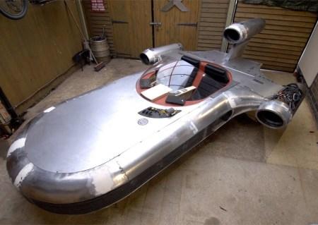 Star Wars Landspeeder - real vehicle build: UK's Mad Modder at it again.