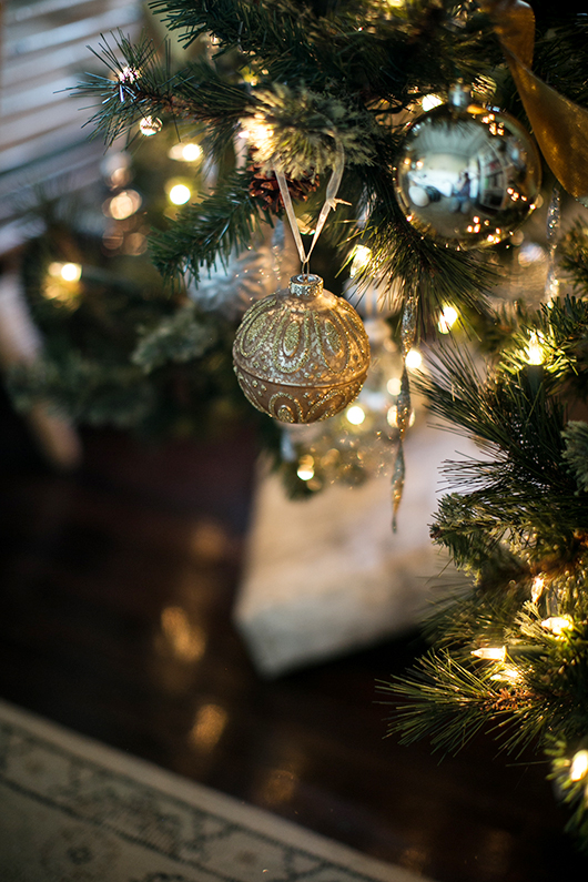 gold and silver metallic christmas tree ornaments / sfgirlbybay