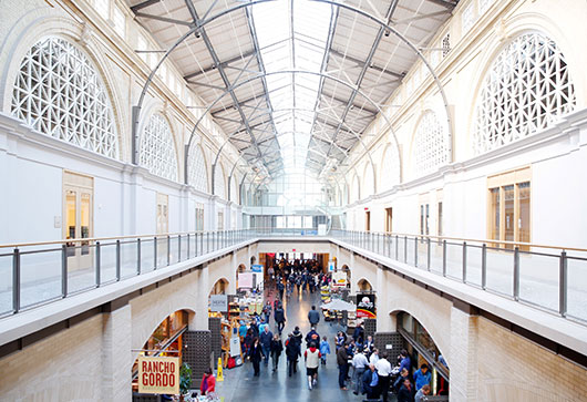 food market inside san francisco's ferry building / sfgirlbybay