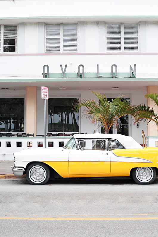 vintage car outside the avalon hotel in miami / sfgirlbybay