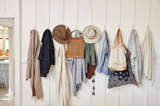 accessories and clothing hung in entryway. / sfgirlbybay