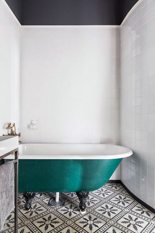teal clawfoot bathtub / sfgirlbybay