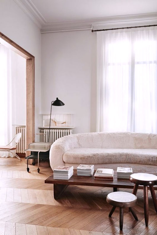 neutral sofa via jonas ingerstedt photography. / sfgirlbybay