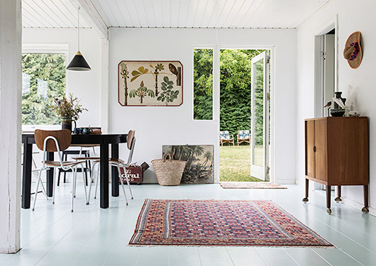 modern seaside cottage located on the island of fejø / sfgirlbybay