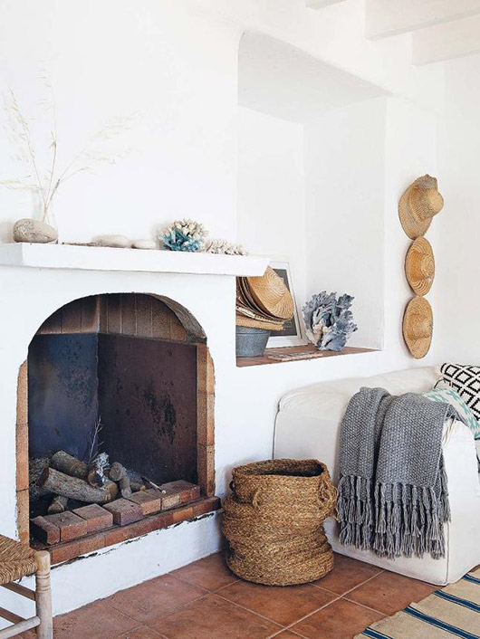 Mediterranean home of lifestyle designer & stylist jessica bataille in spain. / @sfgirlbybay