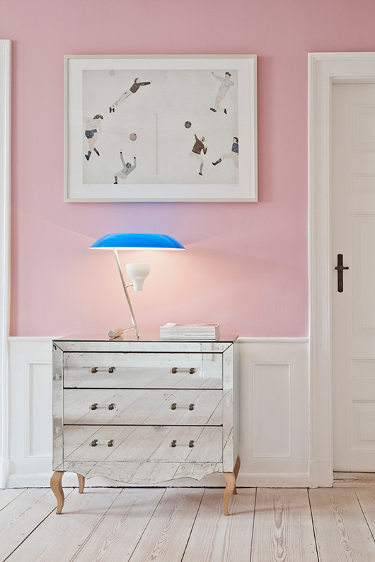 pink walls inside the apartment denmark / sfgirlbybay
