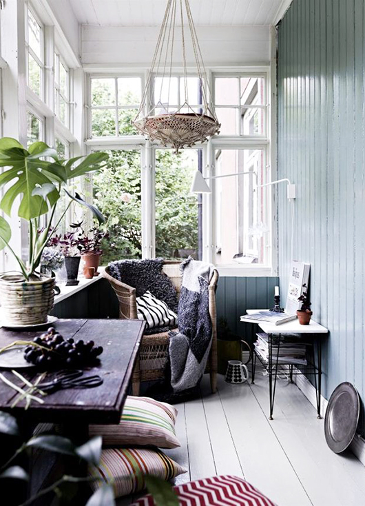 cottage sunroom with woven textiles / sfgirlbybay