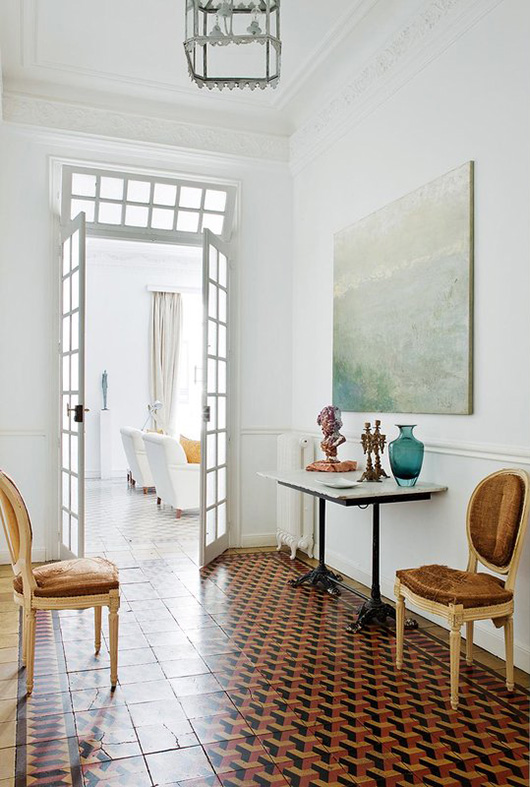 patterned floor tile in madrid apartment / sfgirlbybay