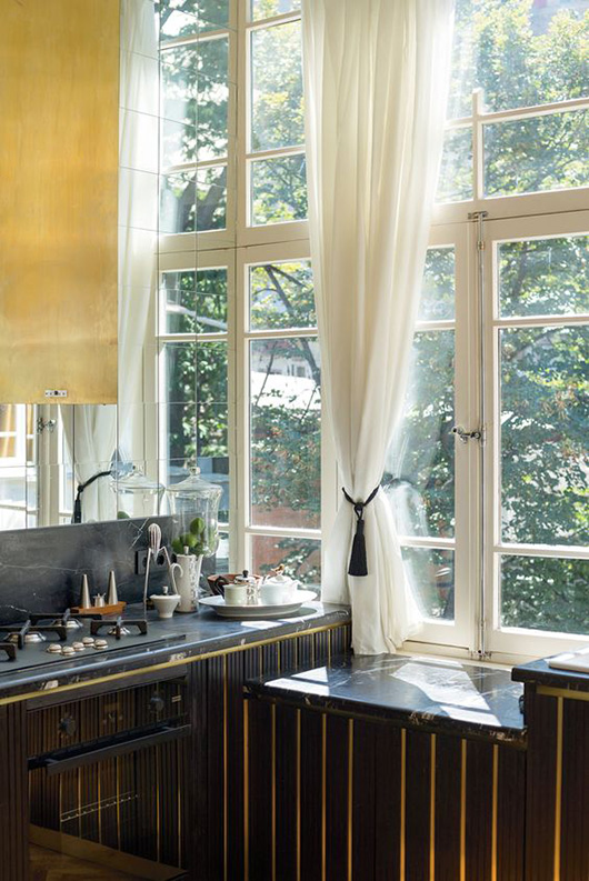 black and gold kitchen cabinetry / sfgirlbybay