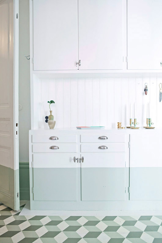 mint green chair rail and kitchen cabinetry. / sfgirlbybay
