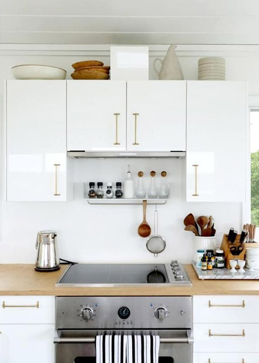 clean white kitchen inspiration. / sfgirlbybay