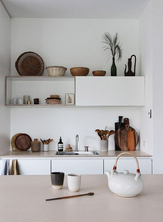 minimalist kitchen decor. / sfgirlbybay