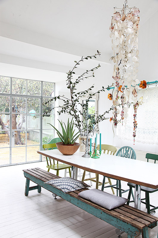 cheerful light locations dining room. / sfgirlbybay