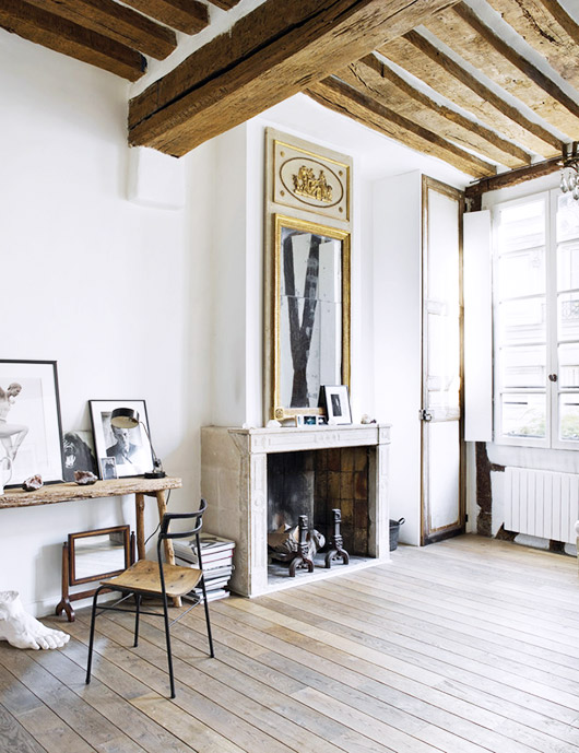 Photographer Matthew Brookes' home in le marais. / sfgirlbybay